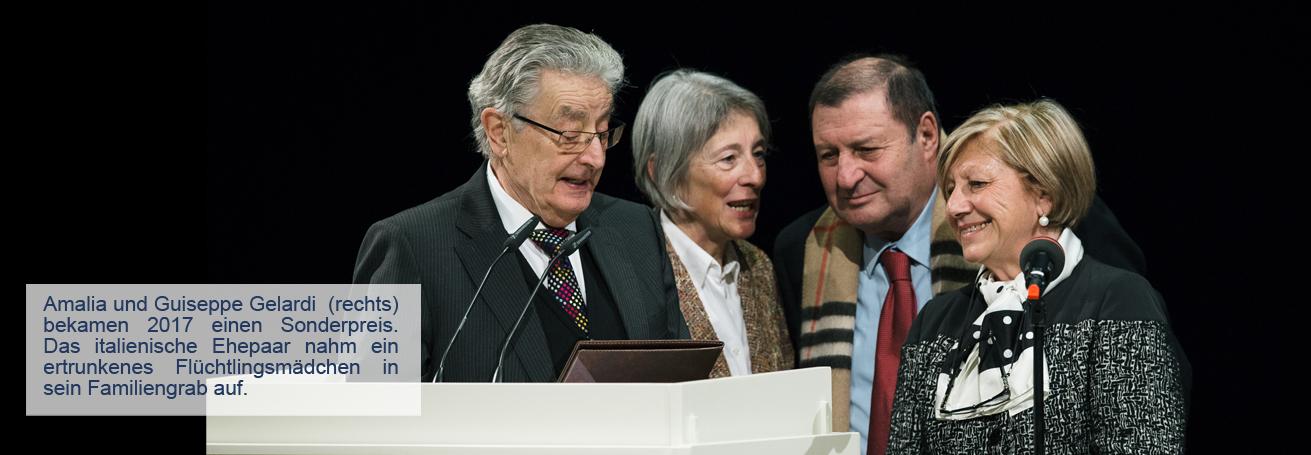 Verleihung vom Dresder Friedenspreis an den Buergermeister der Gemeinde Riace , Domenica Locano , und das Ehepaar Gelardi am 12.02.2017 in der Semperoper in Dresden . Foto: Oliver Killig